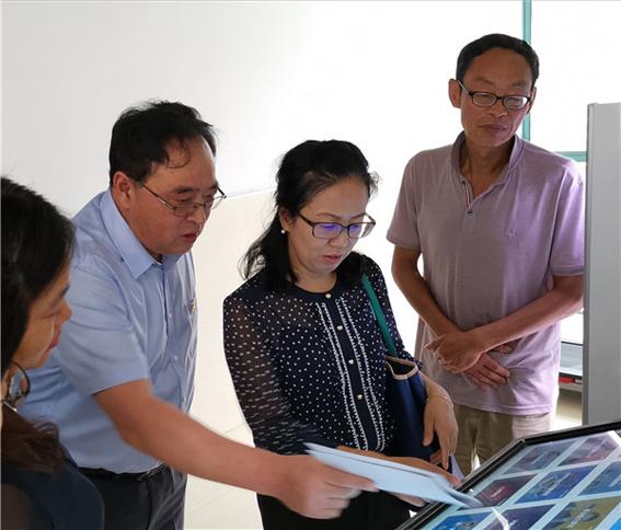 开学首日,教育学院领导莅临华理科高调研,校园在线产品获好评插图1
